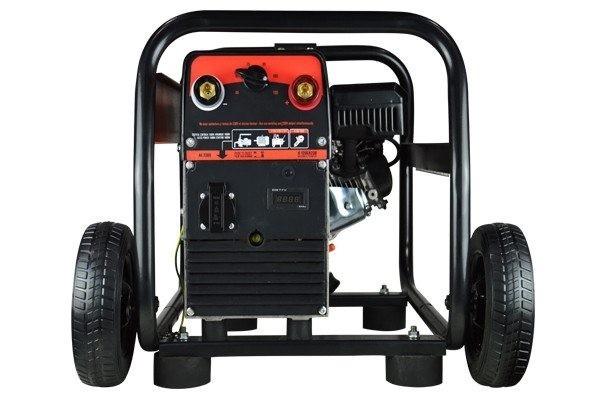 Motosoldador autonomo de gasolina.